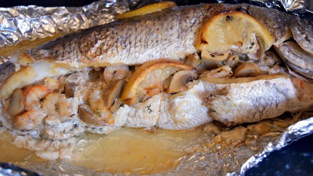 Пълнена риба с гъби