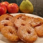 Панирани ябълки
