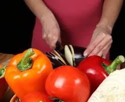 Пълнени домати с пилешко месо