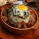 Гювечета с яйца, сирене и домати